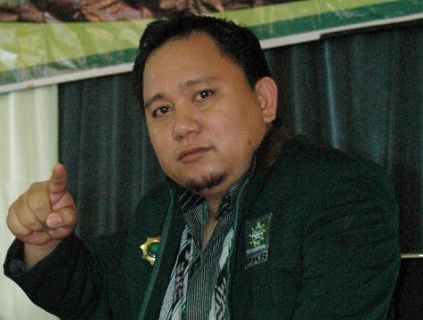 Jusran Mokolanot Ingatkan Perusahaan Soal THR