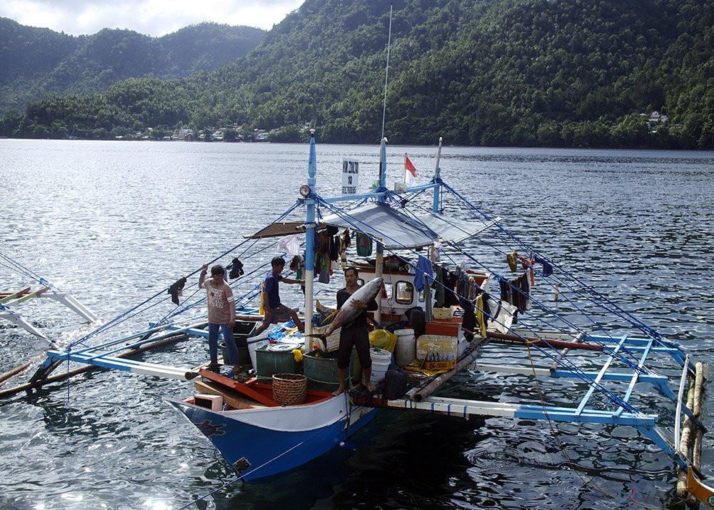 Nelayan Bolmut Dapat Bantuan 20 Unit Kapal Dari Kementrian Kelautan